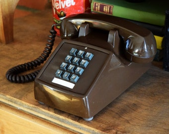 Vintage Browl Dial Pad Telephone - Made in Canada - 100% Functional - BELL NORTHERN TELECOM - Working Vintage Phone - 1960s