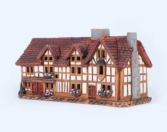 Ceramic incense burner - miniature version of W. Shakespeare's birth house. Handmade by Midene (R233)