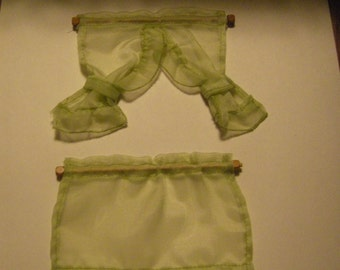 Dollhouse Cafe Curtains in 1:12 scale light green