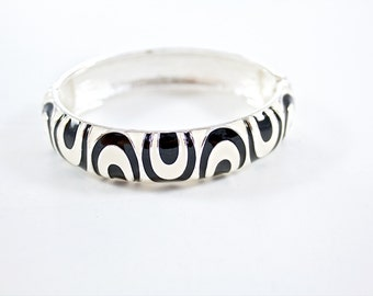 Vintage Silver Tone Clamper Bracelet Black and White Enamel Bangle