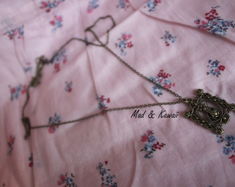 Framework rabbit necklace