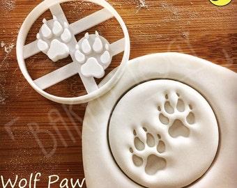 Wolf Paw Print cookie cutters | biscuits cutter | one of a kind ooak werewolf werewolves vampire vampires | Bakerlogy