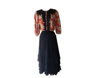 Vintage Diane Fres Limited Edition Silk Dress, Size 10 / Large Retro  HippieBoho 1980's Couture Black Red and Gold Lace Top Gown