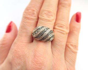 14K Yellow Gold Diamond And Tsavorite Ring Size 8 1/4 1.00 carat