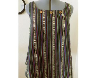 Handmade cotton blend tunic inspired by Guatemalan regional textiles. Size M. MS-001