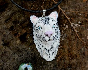 White tiger necklace, polymer clay jewelry, gift white necklace, animal jewelry, white tiger with blue eyes