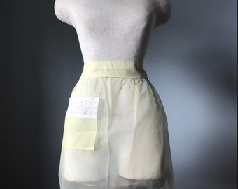 Vintage 50's Sheer Yellow Hostess Apron- MINT CONDITION
