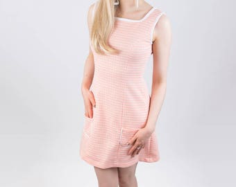 Vintage fabric Peach & White A-line Sixties Dress!! 2 of a Kind Size 6 and 14
