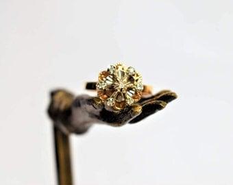 Vintage 18k Yellow Gold Diamond Daisy Ring Seventh 7th Anniversary Ring Engagement Diamond Ring Vintage Diamond Daisy Ring 1950s Jewelry