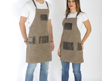 Hairdresser apron, high quality leather, personalized with your logo in brown leather, black leather, and many pockets - Julian