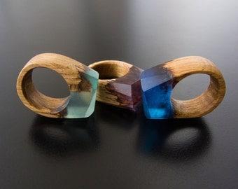 ring aus gie harz ring epoxidharz kunstharz holz ring. Black Bedroom Furniture Sets. Home Design Ideas