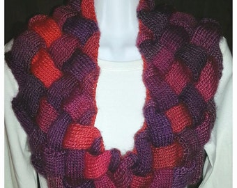 Knitted Entrelac Cowl in Pinks and Purples