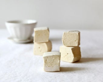 Handmade Caramel  Marshmallows, 1 dozen gourmet marshmallows