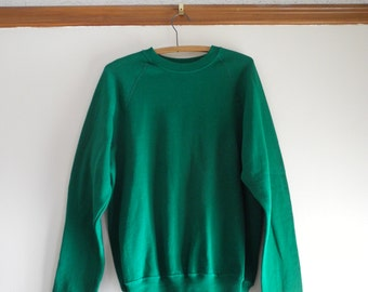 Kelly green 70s / 80s raglan 50/50 sweatshirt by Lee UNISEX sz. Medium / Large