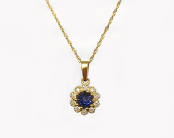 Gold flower setted with diamonds and Iolite, Diamond flower with diamonds, kate, diana, princess, royal blue diamond necklace