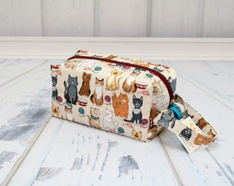 Cats fabric Small boxy bag, Knitting Boxy Project Bag, Box Bag, Knitting Project Bag. Sock Knitting bag. Crochet bag,zippered box bag