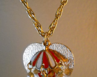Vintage Umbrella Necklace, Gold Heart and Umbrella Pendant and Chain, Dangling Umbrella Jewelry, Gold Heart Necklace, Rainy Day Jewelry