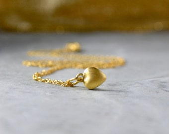 Gold Heart Necklace, Dainty Gold Heart Pendant, Gold Pendant Necklace, Tiny Gold Pendant, Tiny Heart Necklace, Wife Gift, Mothers Day Gift