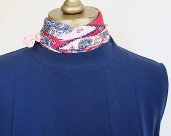 PAISLEY silk scarf, 1950s silk scarf, pink, wine, square silk scarf, 50s fashion, retro scarf, pinup scarf, headscarf silk, neckerchief