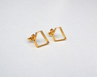 Diamond Earrings. Diamond shaped. Geometric.