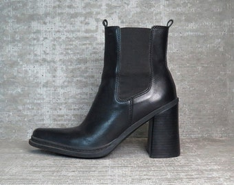 Vtg 90s Black Leather Chunky Block Heel Minimal Ankle Boots 8.5