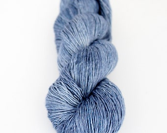 Atelier Summit Hand-dyed Silk Merino Single Fingering Yarn | Jeans On