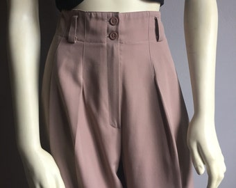 90s minimalist taupe ultra high waist wide straight leg womens slacks mondi trousers pants pocketless chic brown vertical pleat classy 9 10