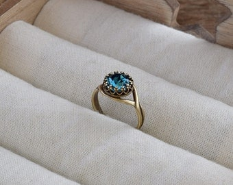 Blue Swarovski Ring, Indicolite Swarovski Crystal Ring, Brass Ring, Wedding Jewelry, Filigree Ring, Gothic Ring, Blue Ring