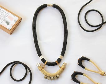 Piryte necklace/Black gold rope necklace/Boho necklace/Fabric necklace/Gold necklace/Chunky necklace/Gift fot her/Valentines gift