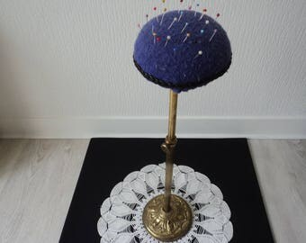 REDUCED - French Vintage brass extendable pin cushion (04479)