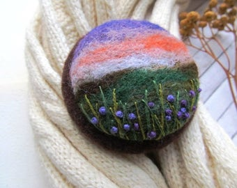 Jewelry gift Gift for mom Designer jewelry Poppy flower brooch Needle felted brooch Wool pin Felted jewelry Gifts for woman Mountain jewelry