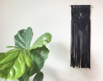 macrame wall hanging with gold details / tshirt yarn / wall decor / home ideas / gifts for her / minimalism / tapestry