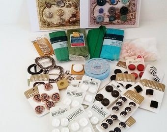 Vintage sewing notions destash, buttons on cards, buckles, pins, bias binding, haberdashery lot