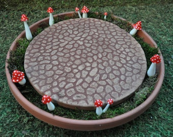 Terra Cotta Round Patio