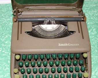 Smith Corona Skywriter Small Portable Typewriter in Metal Case