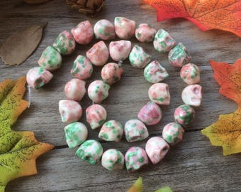 """Mixed Agate Powder Skull Gemstone  15"""" Loose Beads DIY Suppliers for Jewelry Spacer Charms  Full Strand  Pink Green"""