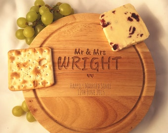 Cheeseboard - 'Mr and Mrs V2' - 00166