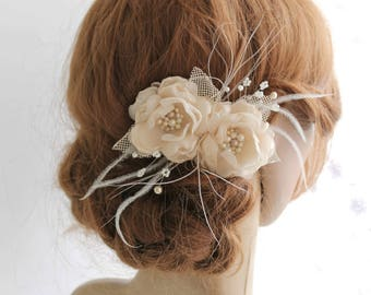 Champagne Cream Bridal Hair Piece, Bridal flower Fascinator, Wedding Headpiece, Bridal Flower Hairclip, Birdcage Veil, Flower Girl Hair Clip
