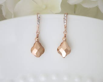 Rose gold bridal earrings, Rose gold wedding earrings, Swarovski rose gold dangle earring, Simple rose gold earrings, Bridesmaid earring