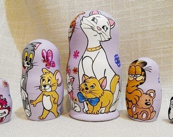 Nesting dolls matryoshka Disney cats, Animals russian stacking doll 5 pcs
