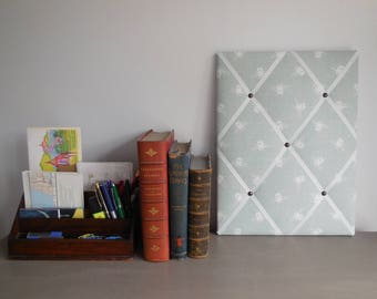40cmx30cm fabric notice board, Fryett's bee print 100% cotton fabric