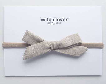 Schoolgirl Bow-Natural Linen, School girl Bow, Baby bows, baby headbands, baby head band, bow clip, nylon headband, baby bow headband