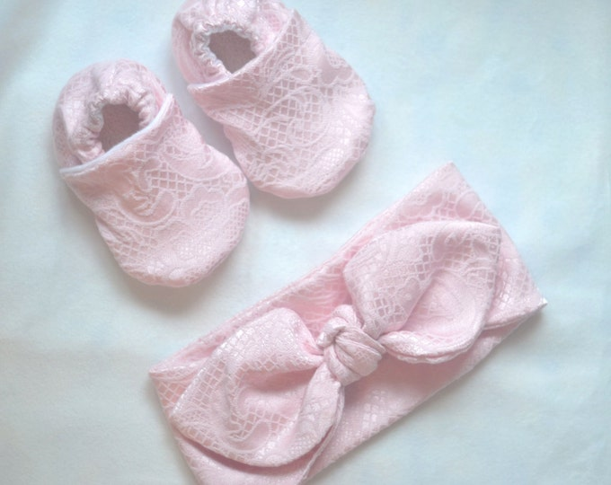 baby headband and shoes set pink lace headband pink photo prop baby set pink knot cotton headband lace shoes baby crib shoes knot headband
