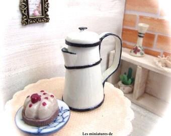 Miniature Coffee pot- scale 1:12- Dollhouses miniatures