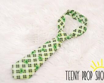 St. Patrick's Day Baby Neck Tie, Baby Boy Clothing, Baby Boy Cake Smash, 1st Birthday, Shamrock Tie