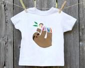 Kids Sloth Shirt / Toddler Sloth T-shirt / Rainbow Animal Shirt / Animal Shirt for Kids / Unisex T-shirt / Kids Clothes / Boy Sloth Shirt