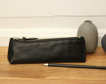 Black Leather Pencil Case // Gift for Him // Leather Pen Case //Pencil Bag // Leather Case // Minimal Pencil Case // Leather Pouch
