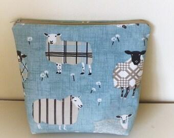 Sheep Make up Bag, Farmyard Make Up Bag, Sheep Cosmetics Bag, Farm Cosmetics Bag, Sheep Make Up Purse, Farmyard Makeup Purse, Sheep Bag