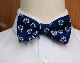 bow tie, bowtie, BowTie flowery bow tie pre tied, Navy blue flowers banches, Japanese flowers