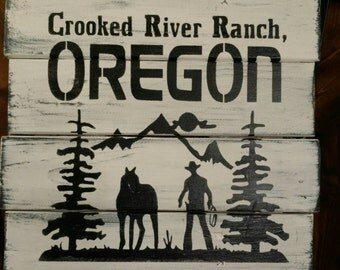 Crooked River Ranch cowboy horse pallet sign